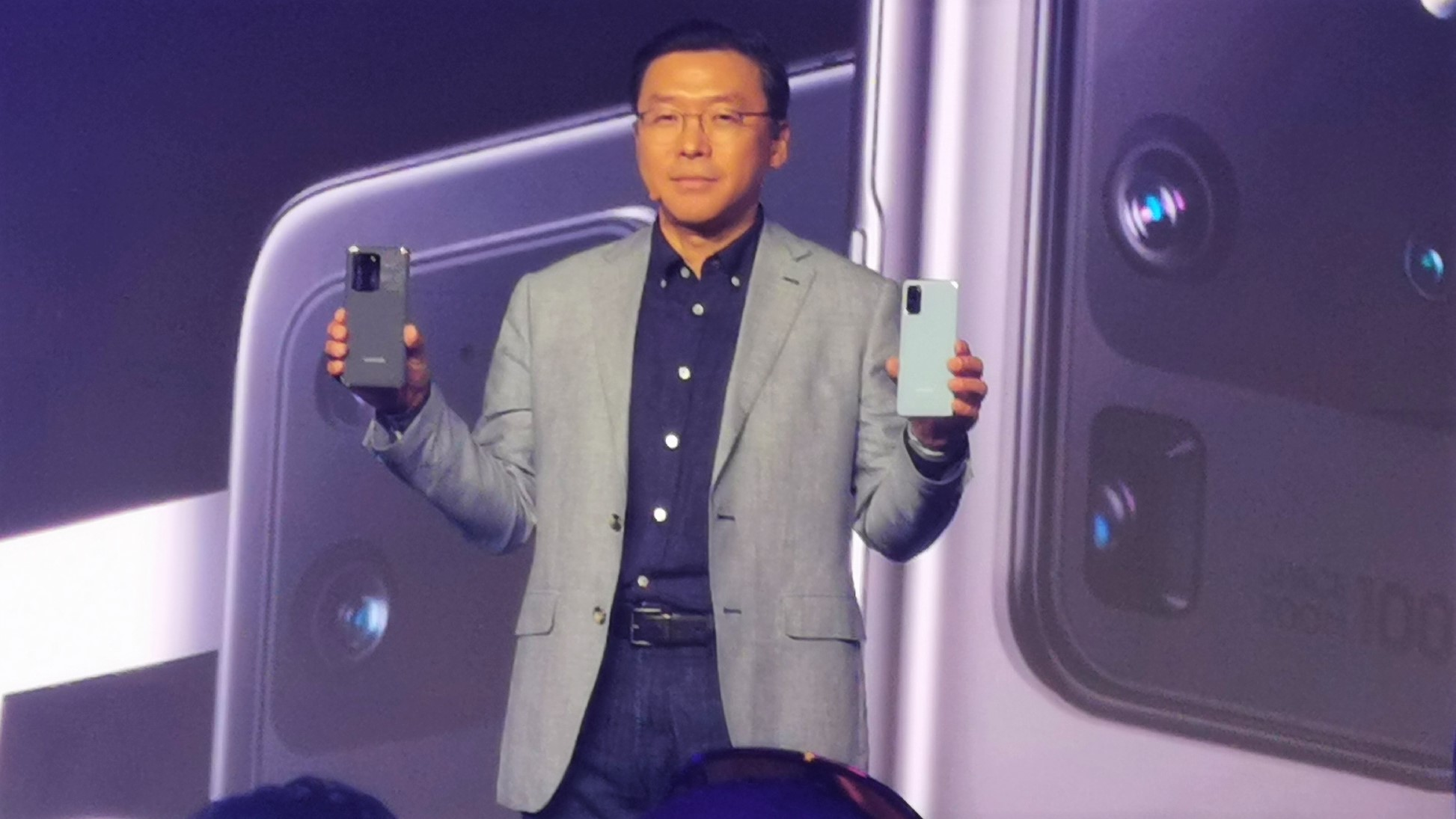 Can Samsung keep smaller Chinese smartphone players at bay this year?