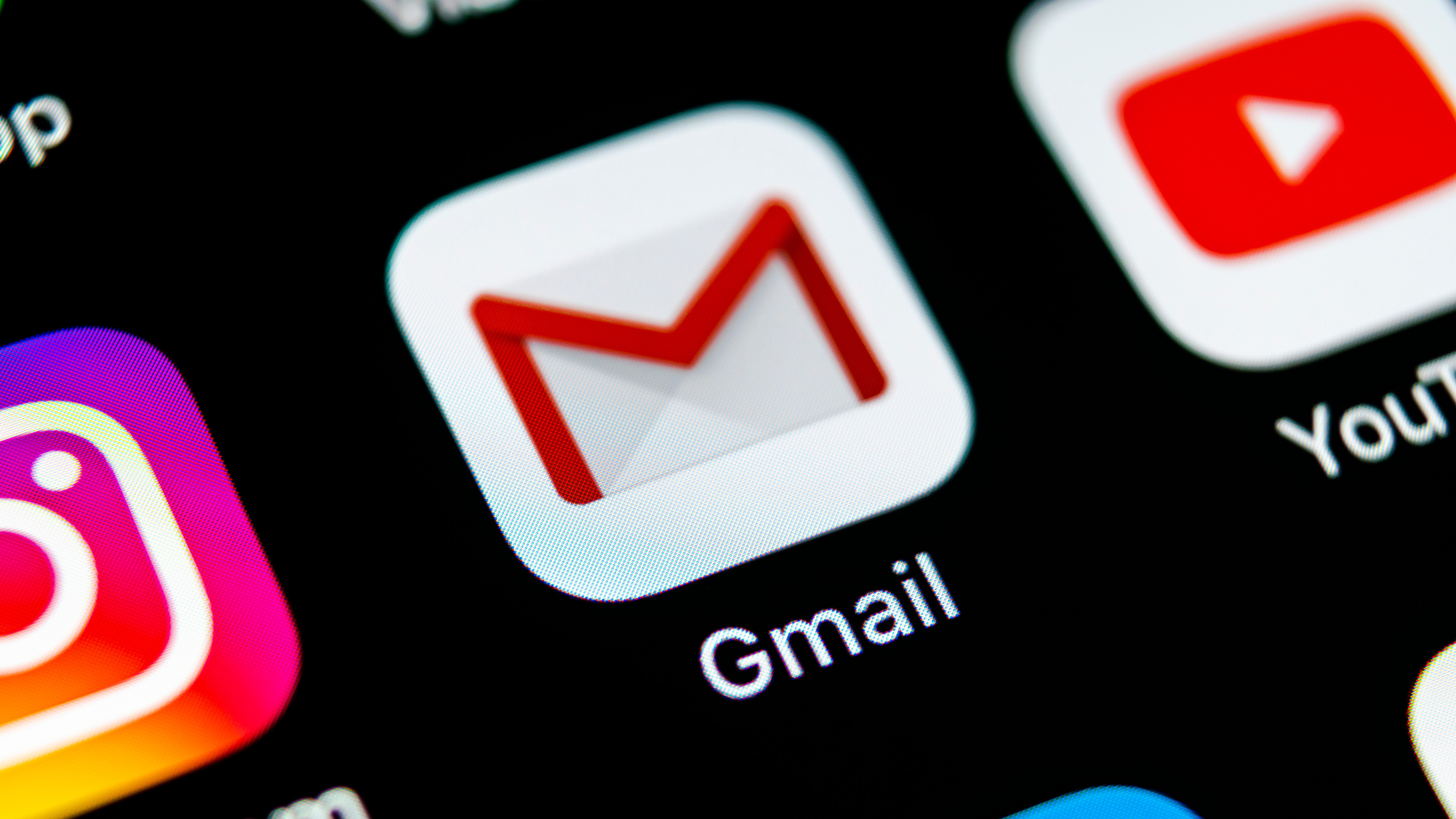 Lost the option to empty spam and trash in the Gmail app? Here's how to get it back