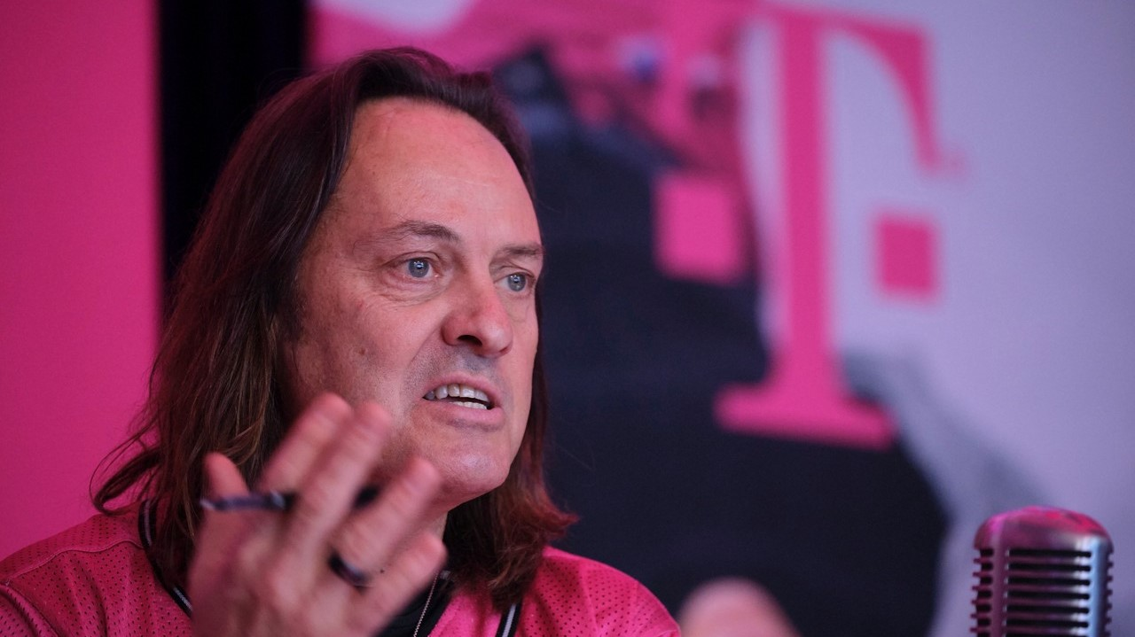 T-Mobile, Sprint merger set to get final go-ahead