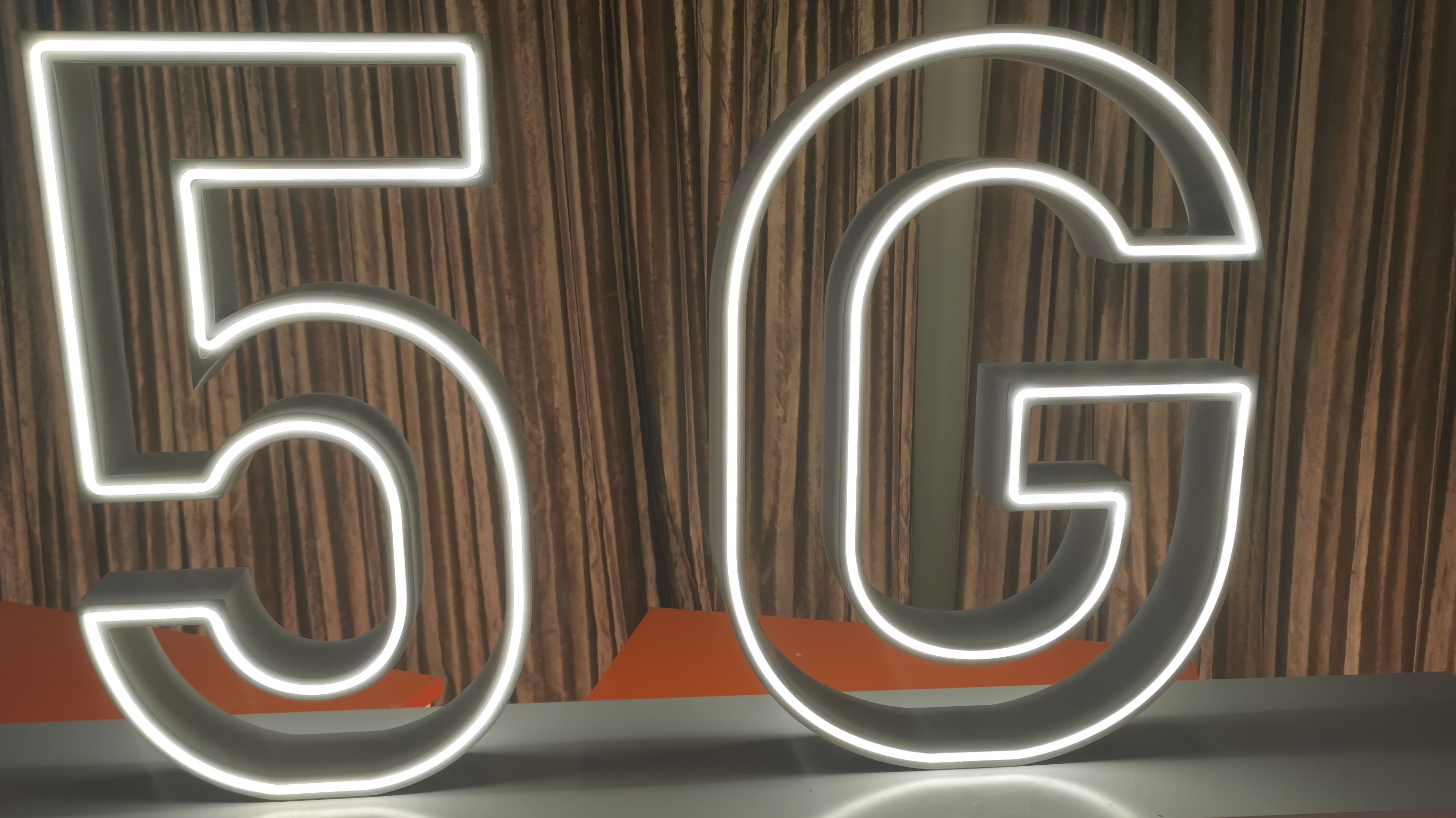 Telecom operators need to lead way in developing tie-ups to foster 5G industrial innovations